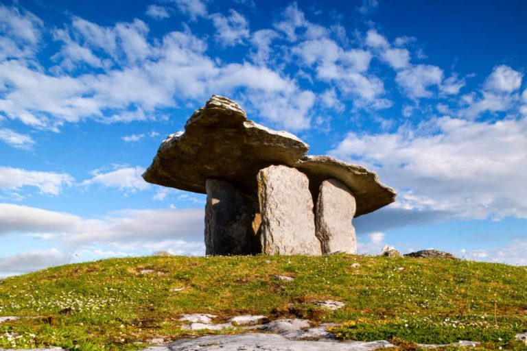 Poulnabrone Dolmen, The Burren, County Clare, Ireland, The wild Atlantic Way