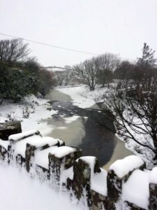 Riverside Cottage B&B Doolin Snow River